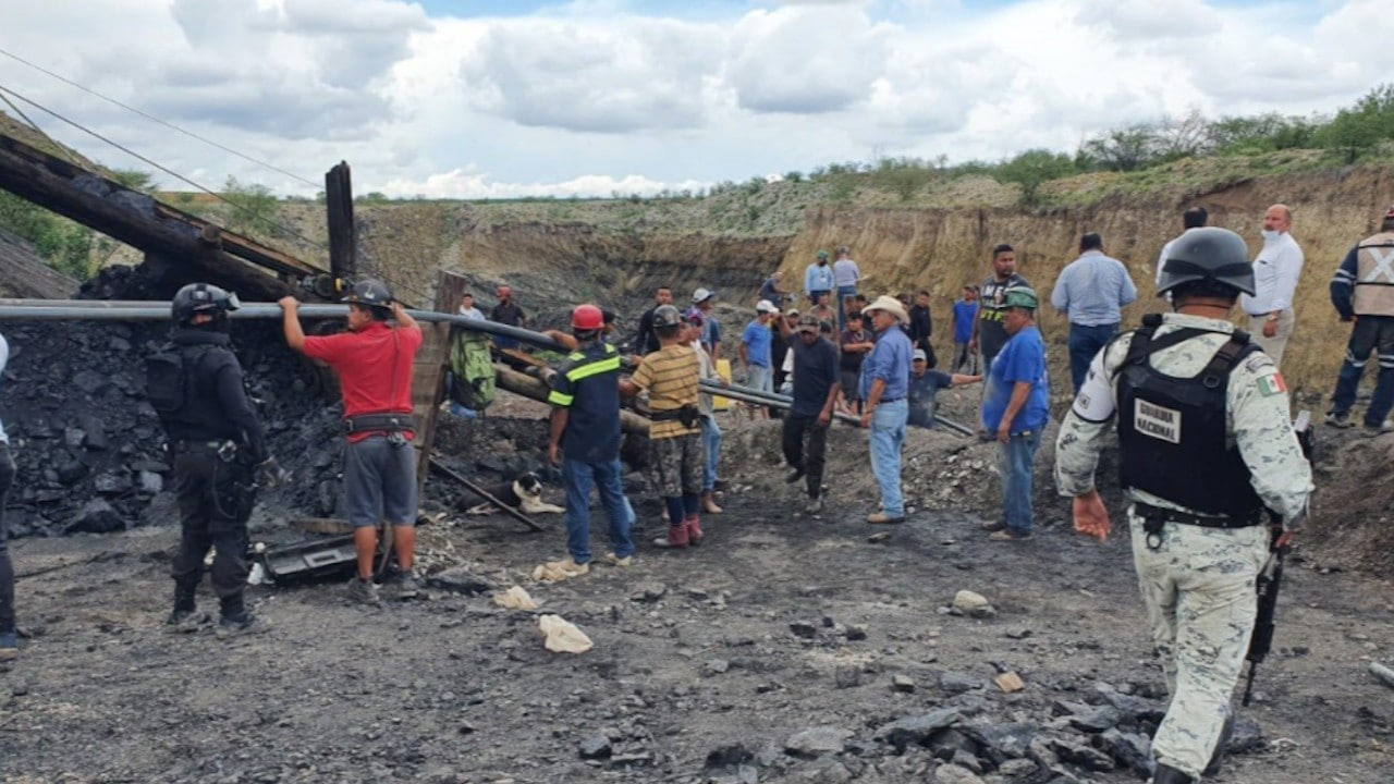 Labores de rescate en mina de Múzquiz, Coahuila (Twitter: @GN_MEXICO_)