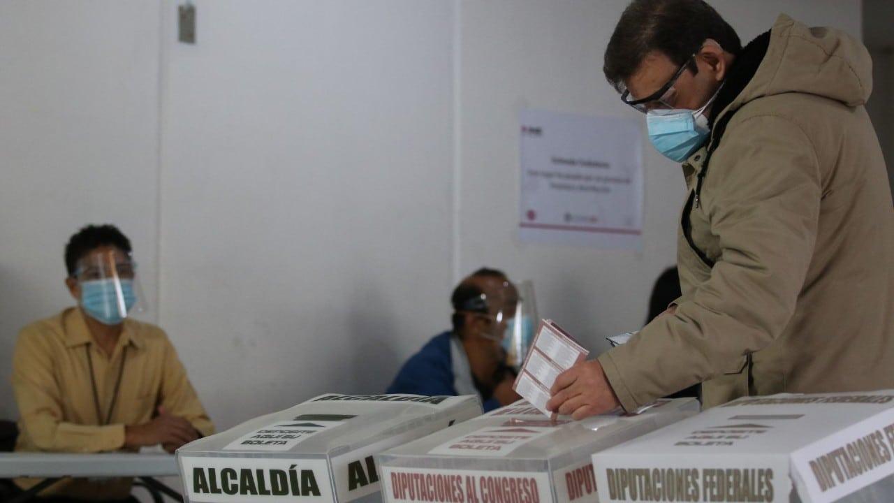 """Líderes de la oposición piden """"defender la democracia"""" en elecciones"""
