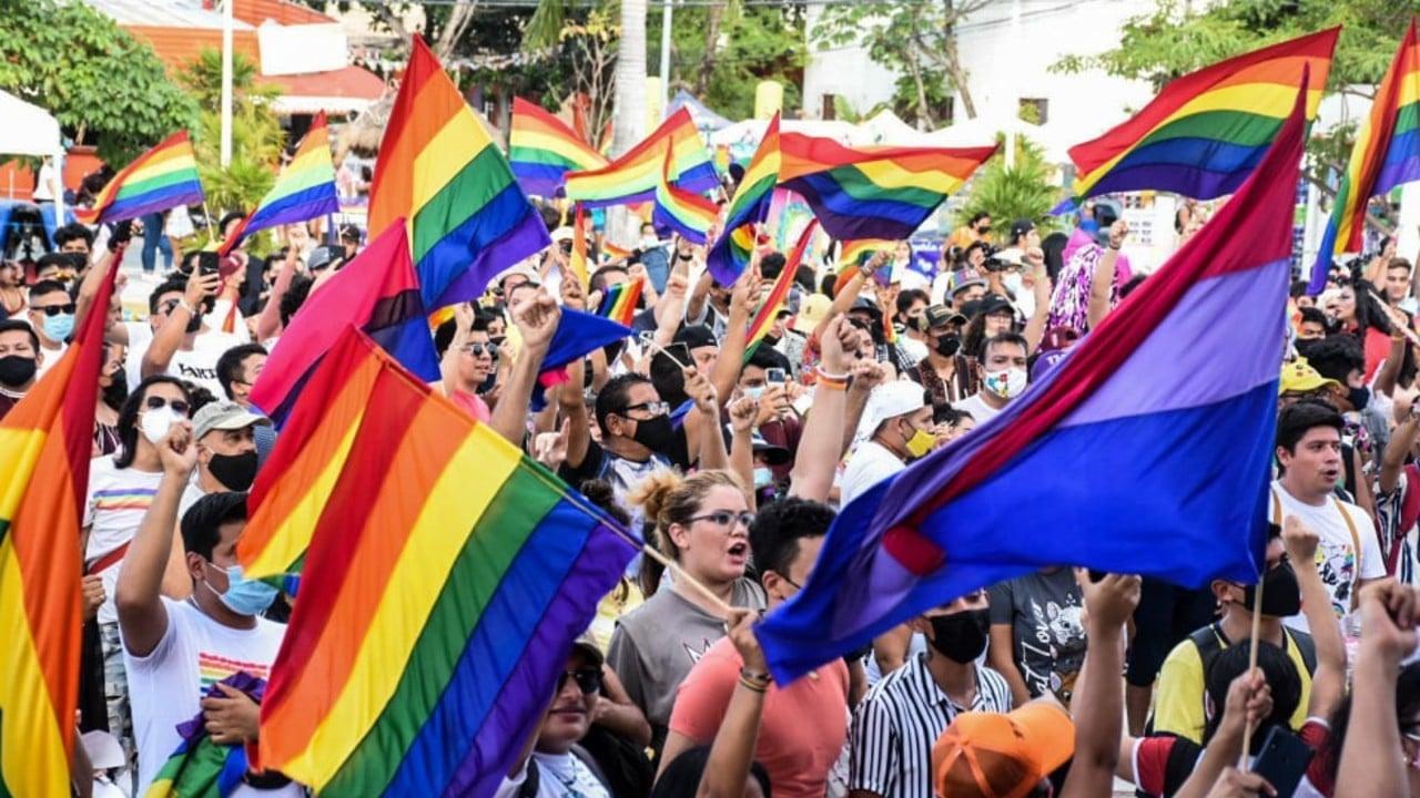 Más de 600 personas participaron en la Marcha del Orgullo Gay en Cancún