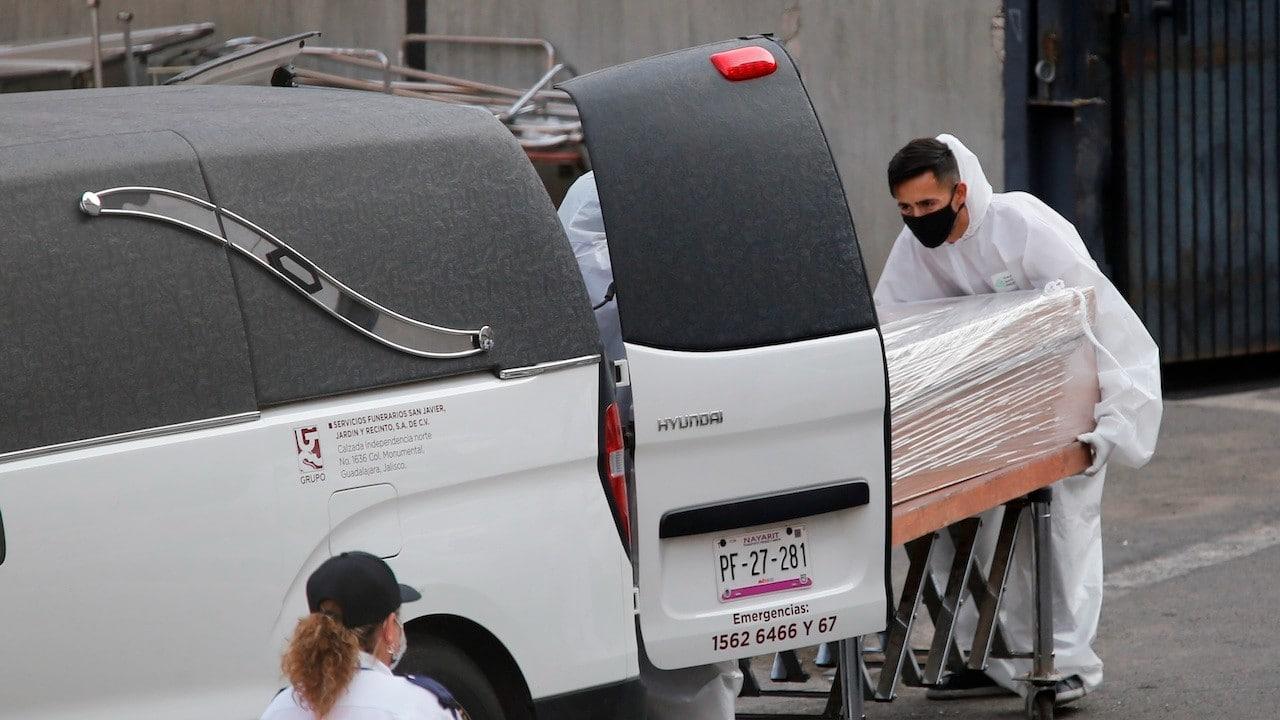 Servicio funerario en México (EFE)