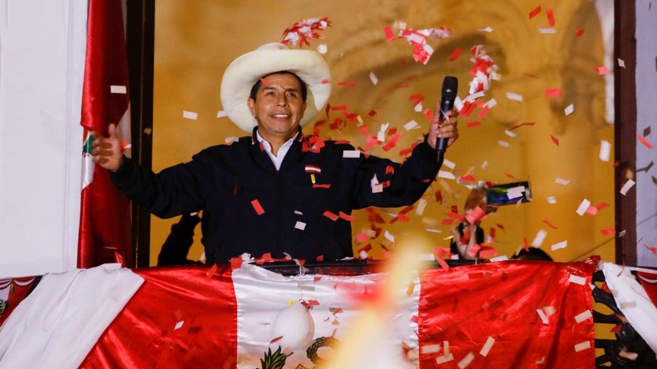 Pedro-Castillo se-proclama-ganador-en-Perú