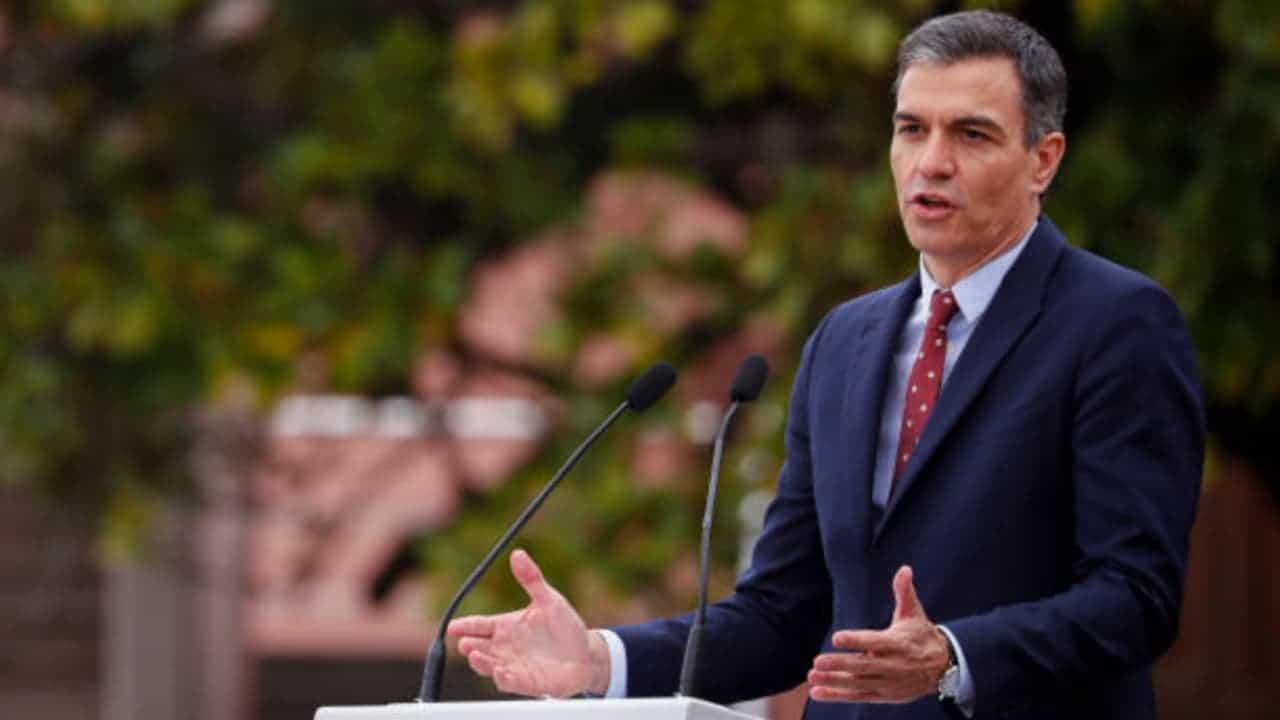 Pedro Sánchez abordará migración y recuperación económica en su viaje a Centroamérica