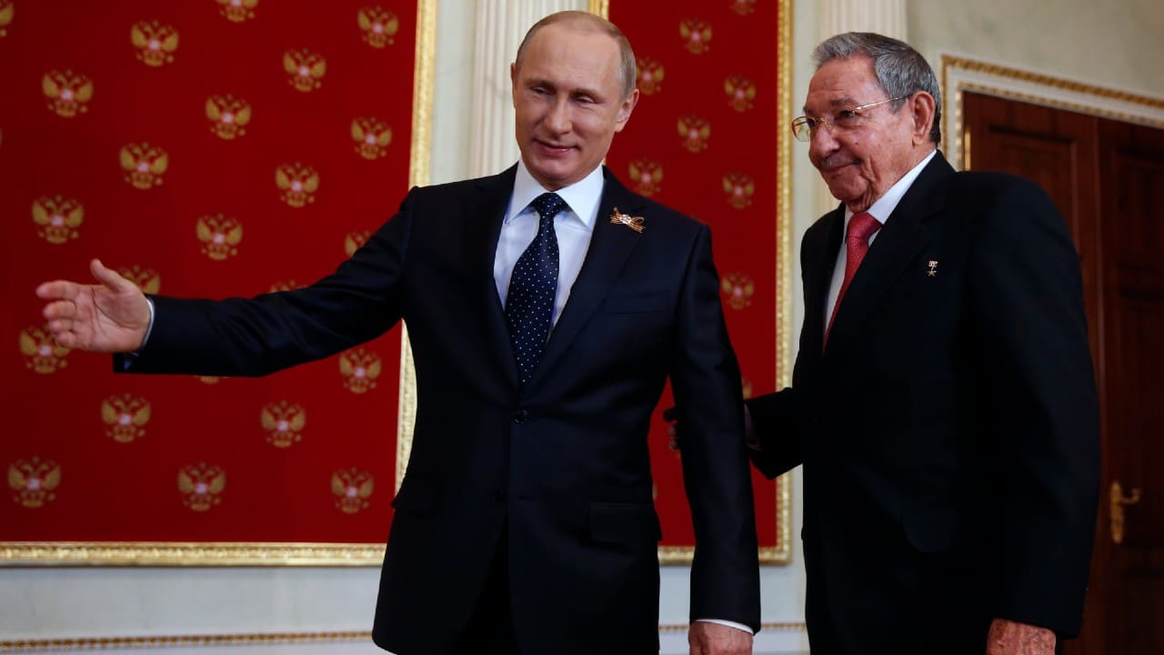 Putin felicita a Raúl Castro por su 90 cumpleaños