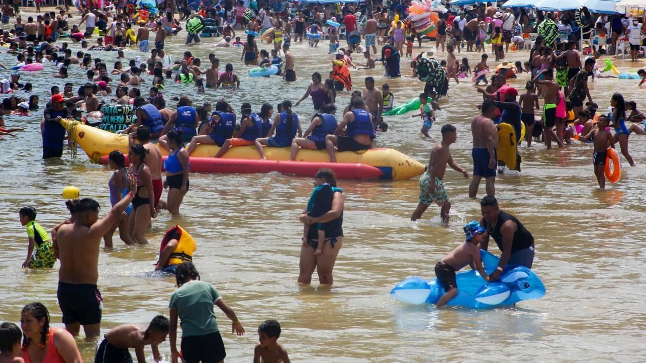 Turistas en Acapulco, Guerrero