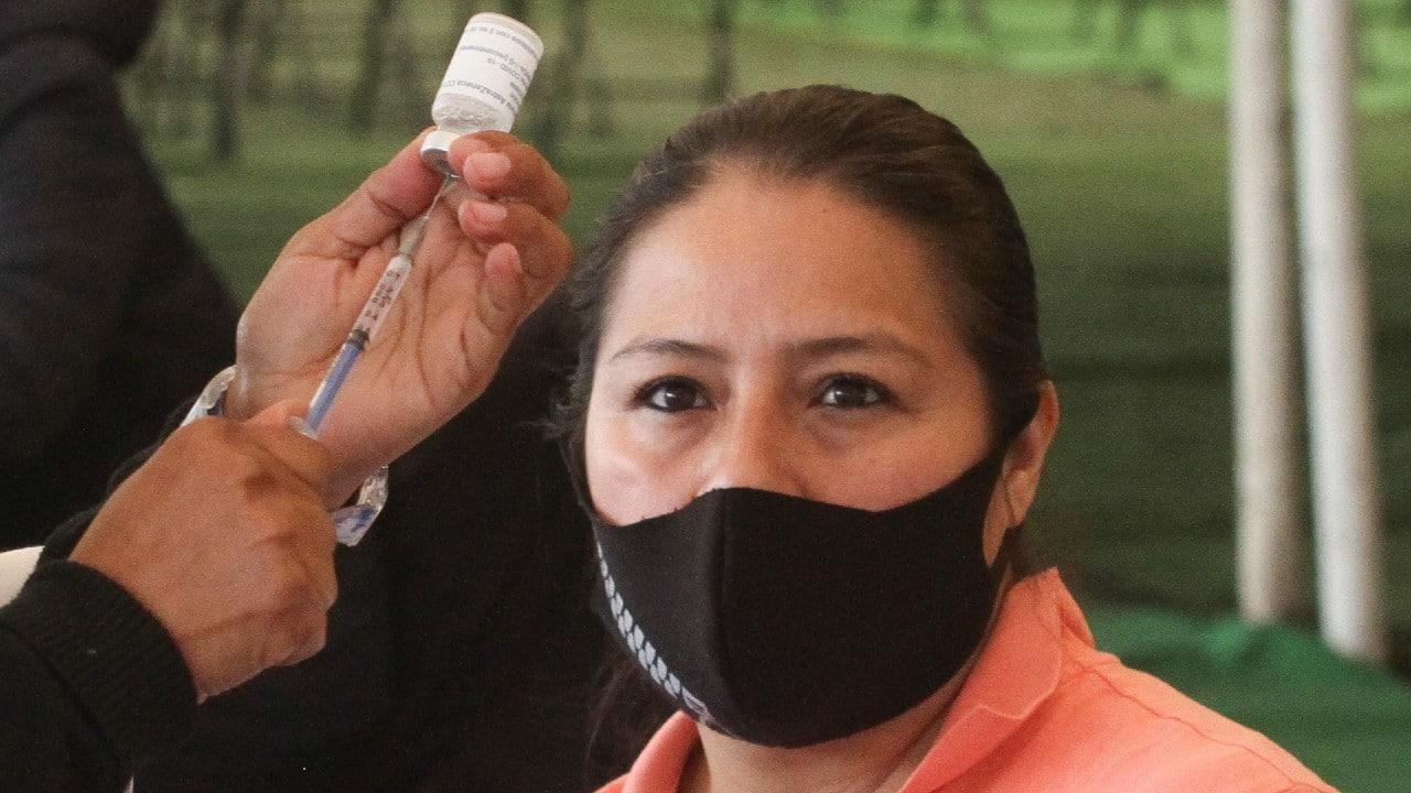 Xochimilco y Tláhuac aplican segunda dosis de vacuna COVID-19 de 50 a 59 años y embarazadas