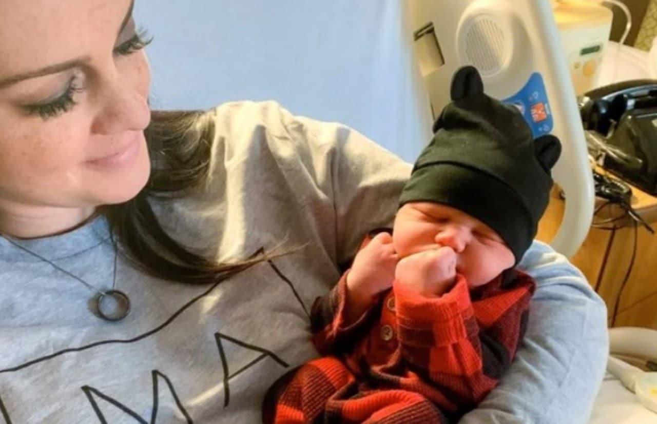 Mujer dio a luz a bebé de su difunto esposo en Oklahoma