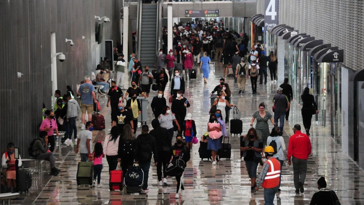 aeropuerto, fotos, coronavirus, tercera ola, CDMX, aglomeraciones