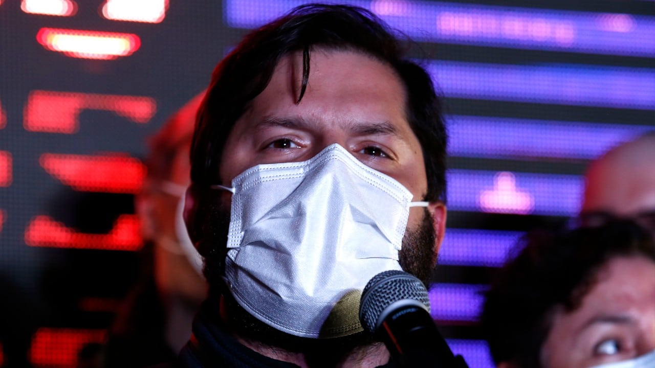 Agreden en cárcel de Santiago a candidato presidencial de Chile