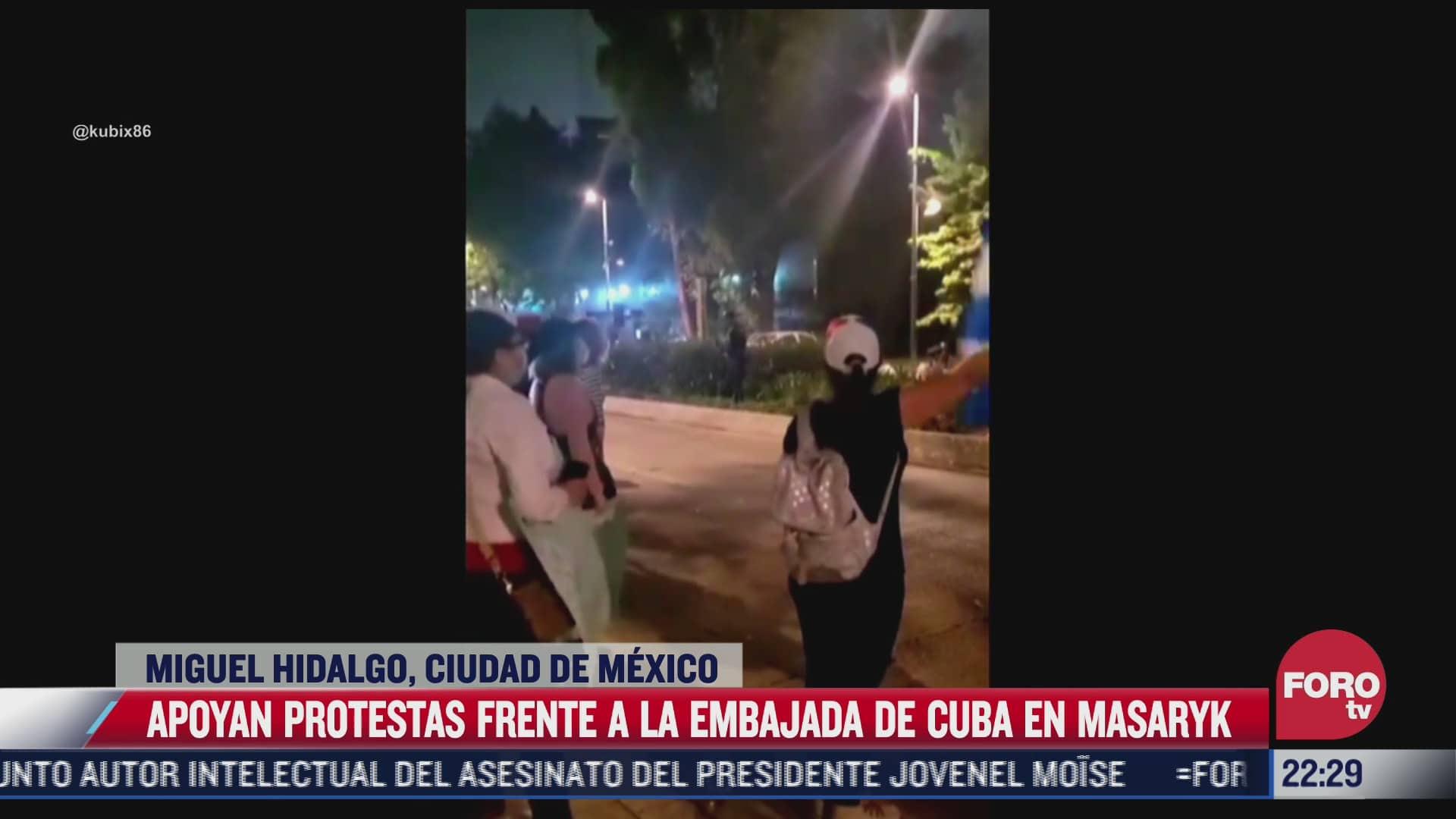 apoyan protestas frente a la embajada de cuba en mexico