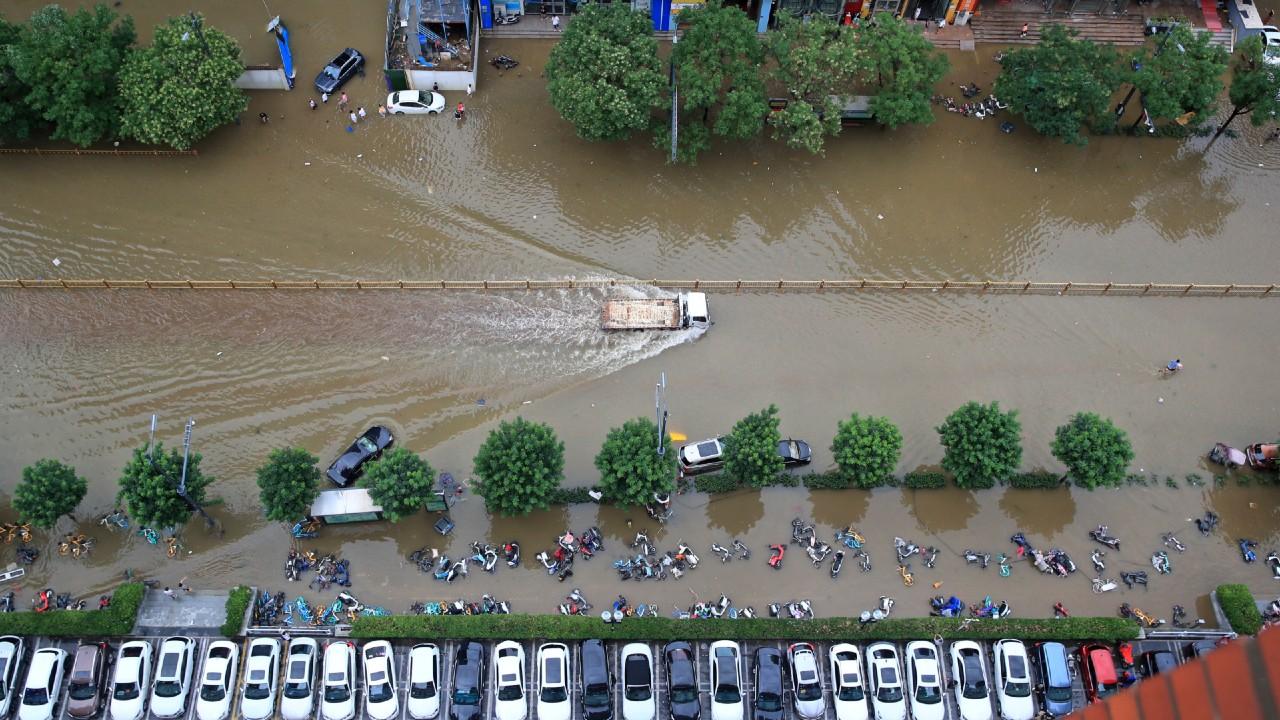 Ascienden a 33 los muertos por inundaciones en China