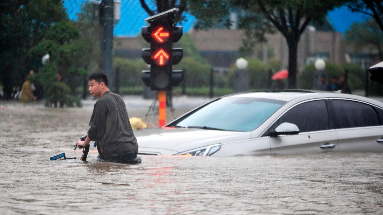 Aumenta a 58 la cifra de muertos por las inundaciones en China