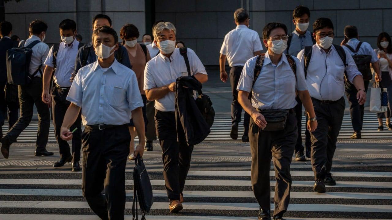 Aumentan casos de COVID-19 en Tokio