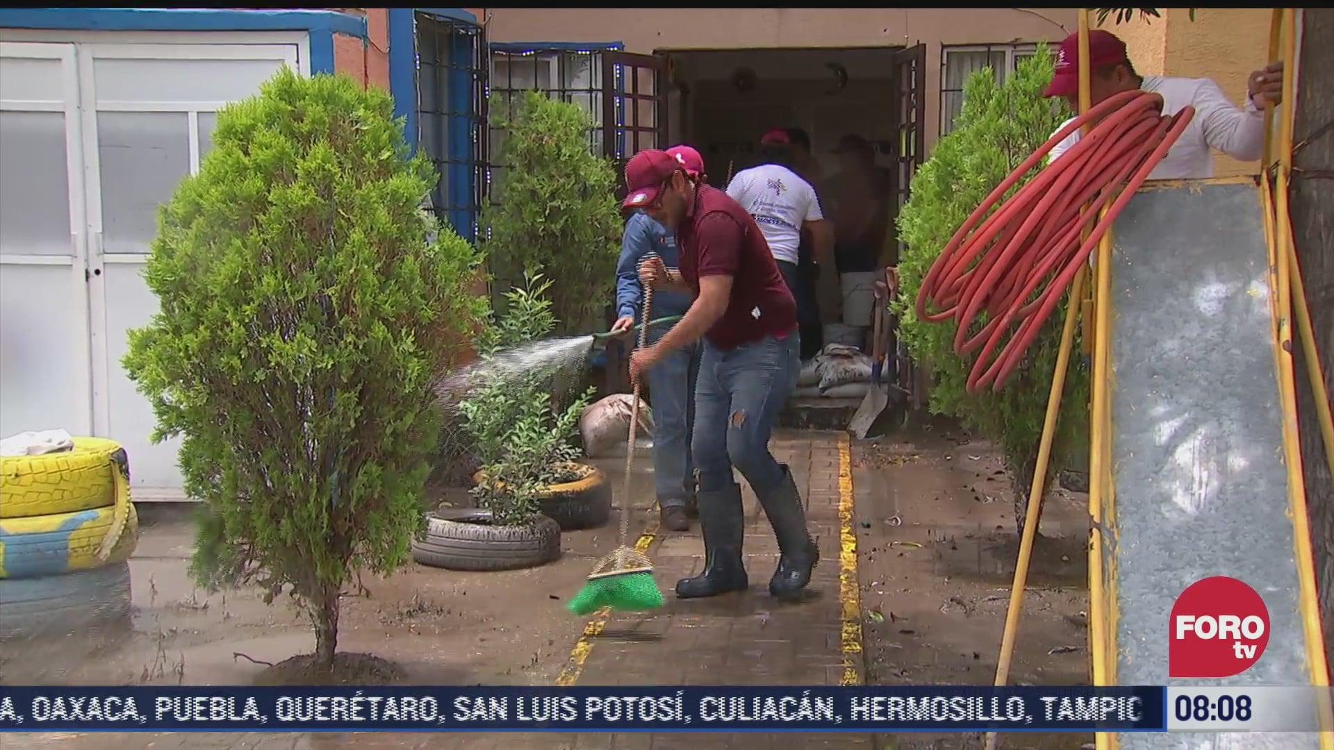 Avanzan labores de limpieza en Zumpango, Edomex