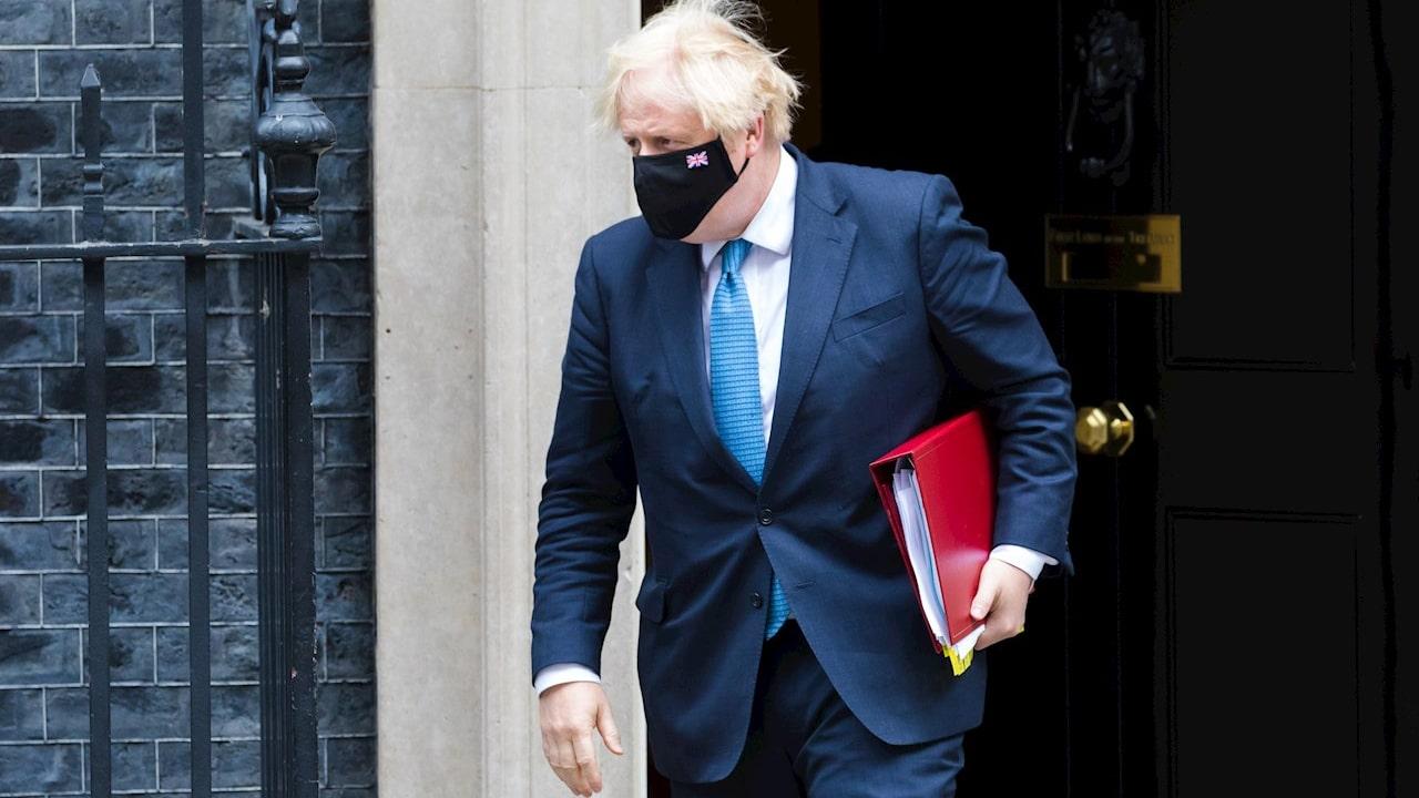 El primer ministro británico Boris Johnson está obligado a aislarse