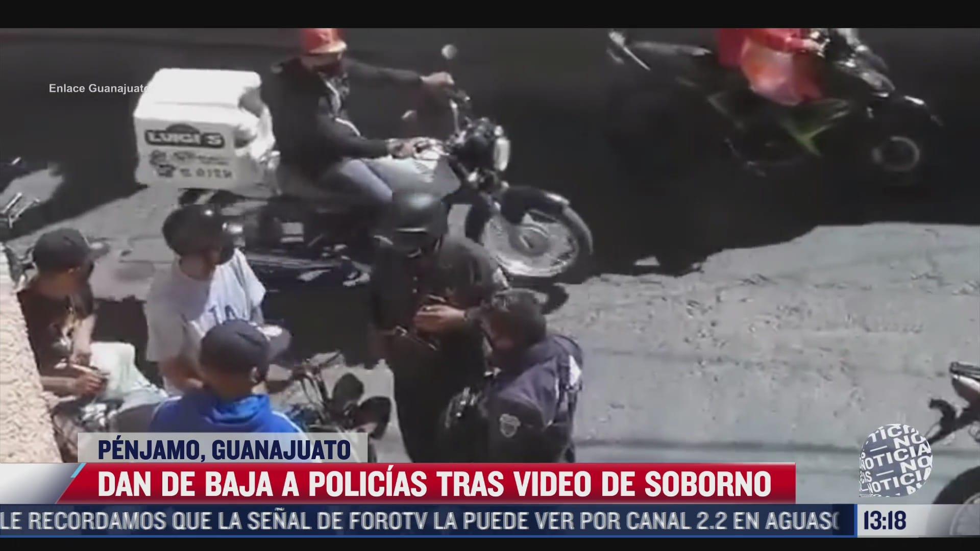 captan a policias recibiendo una mordida en guanajuato
