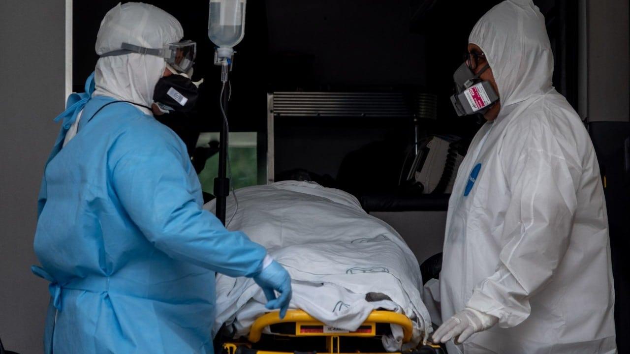 CDMX reporta seis casos graves de COVID-19 en personas con primera dosis de vacuna