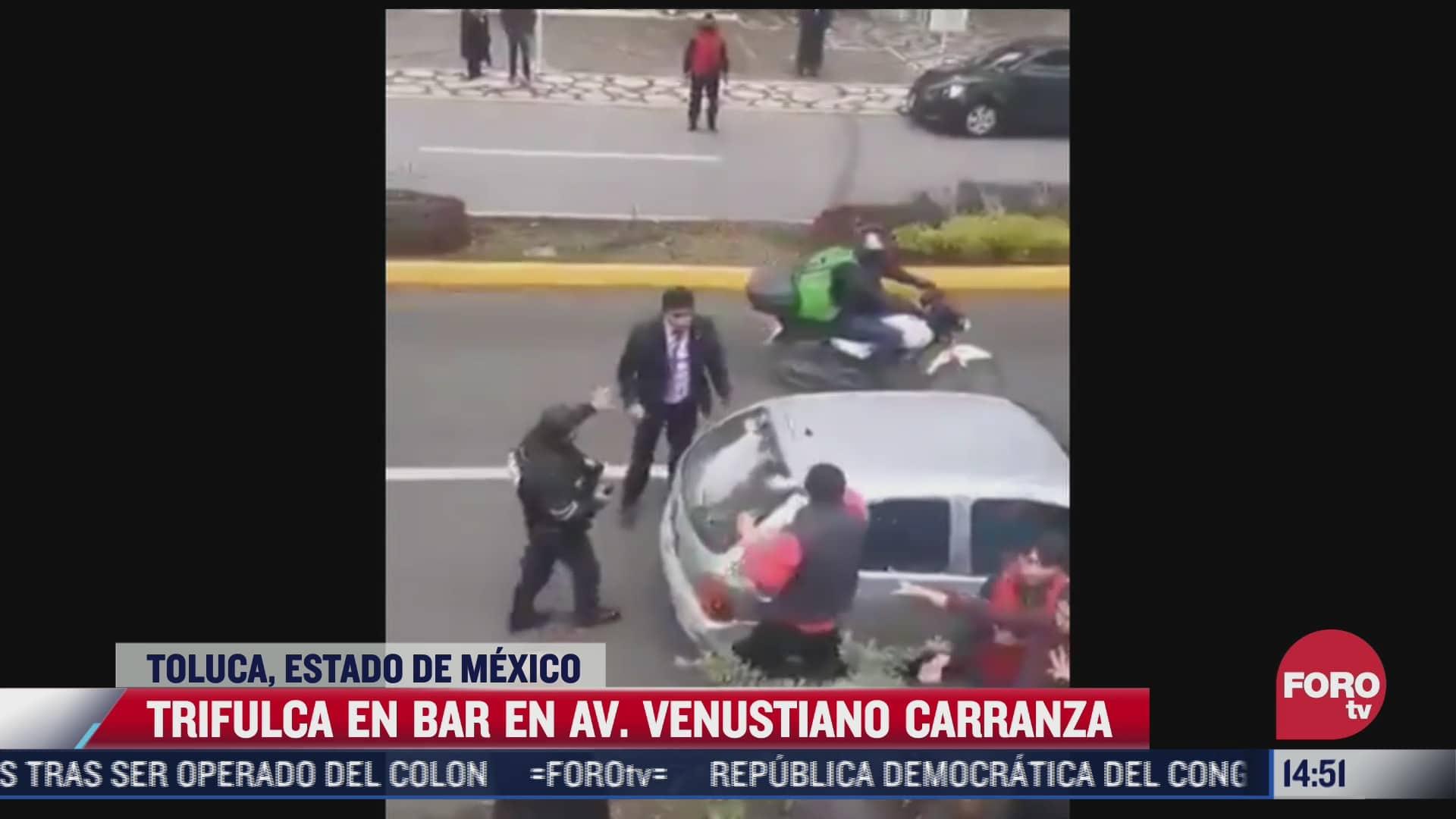 circula video donde se observa una trifulca en bar del estado de mexico