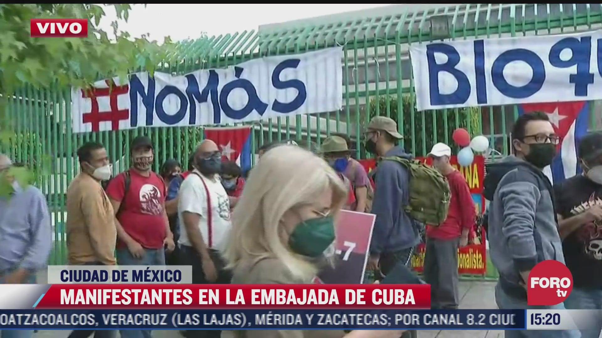 comunidad cubana se manifiesta afuera de embajada de cuba en mexico
