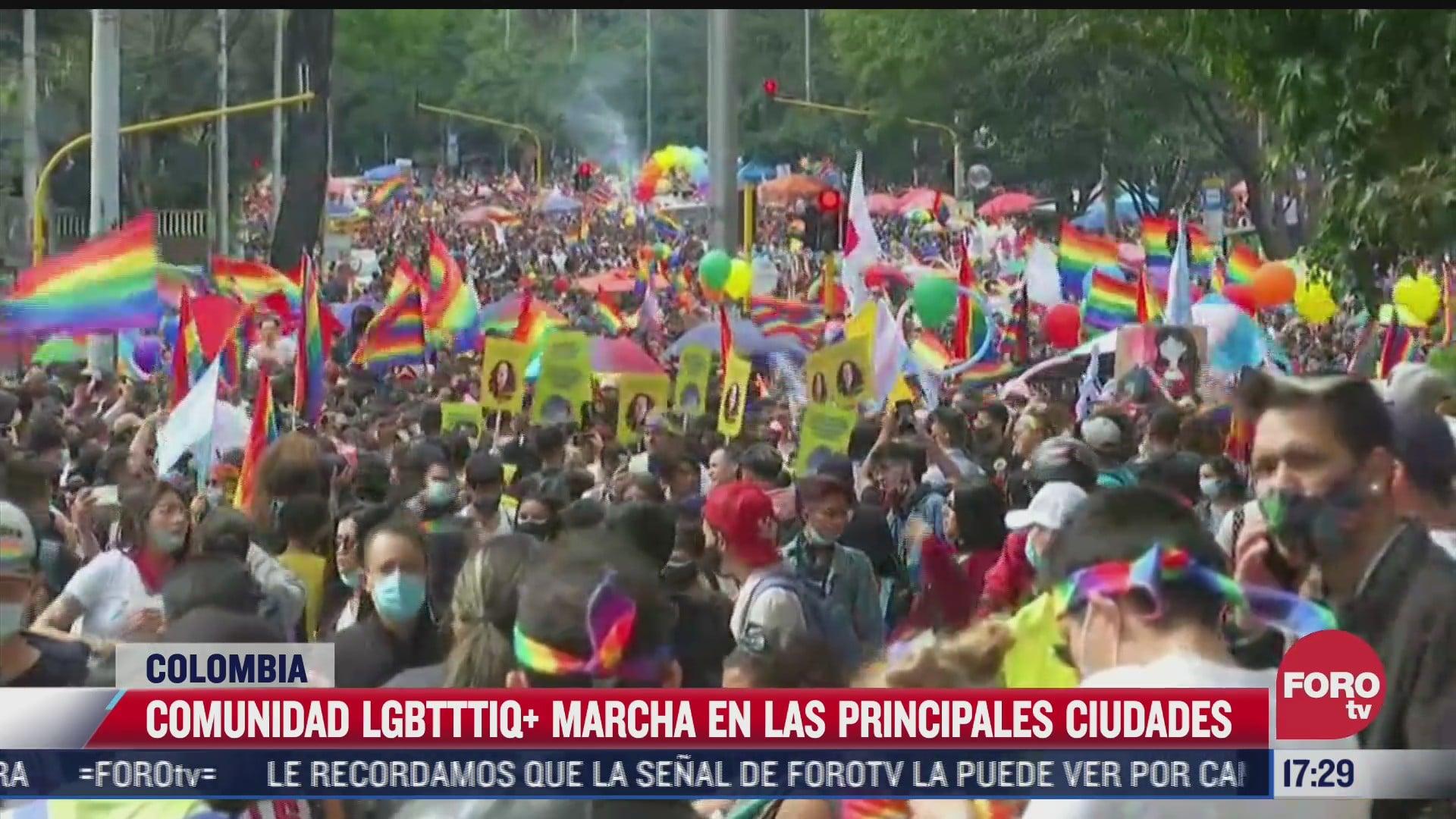 comunidad lgbtttiq marcha en colombia