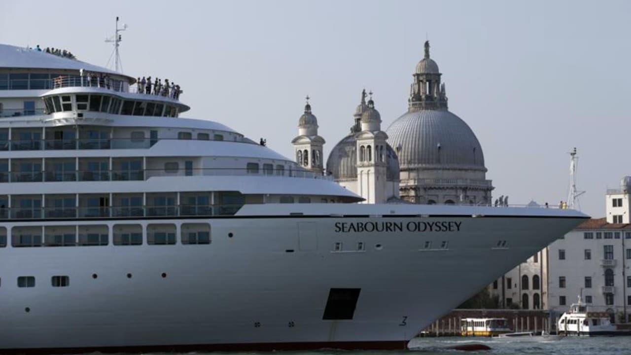 Un crucero en aguas de Venecia, Italia (AP)
