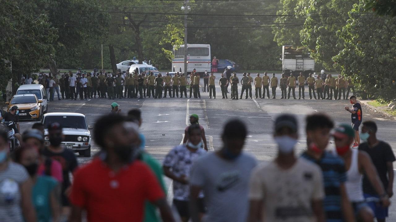 Denuncian represión contra manifestantes en las protestas en Cuba