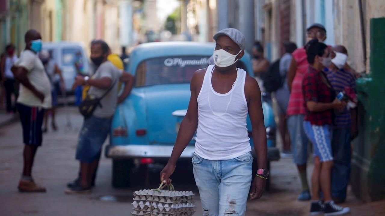 Cuba levanta restricciones a algunas importaciones