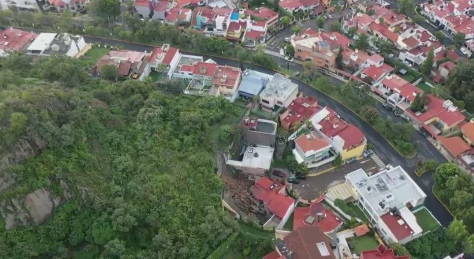 Deslizamiento en Naucalpan