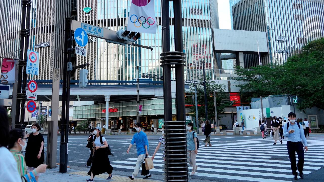 Detectan primer caso de COVID-19 en Villa Olímpica de Tokio