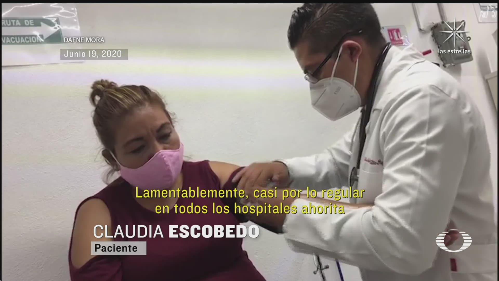 doctor atiende en farmacia a pacientes con covid 19 por miedo al hospital