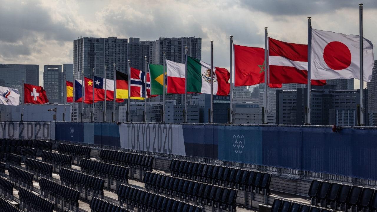 Dos futbolistas y un técnico dan positivo en COVID-19 en Tokio 2020