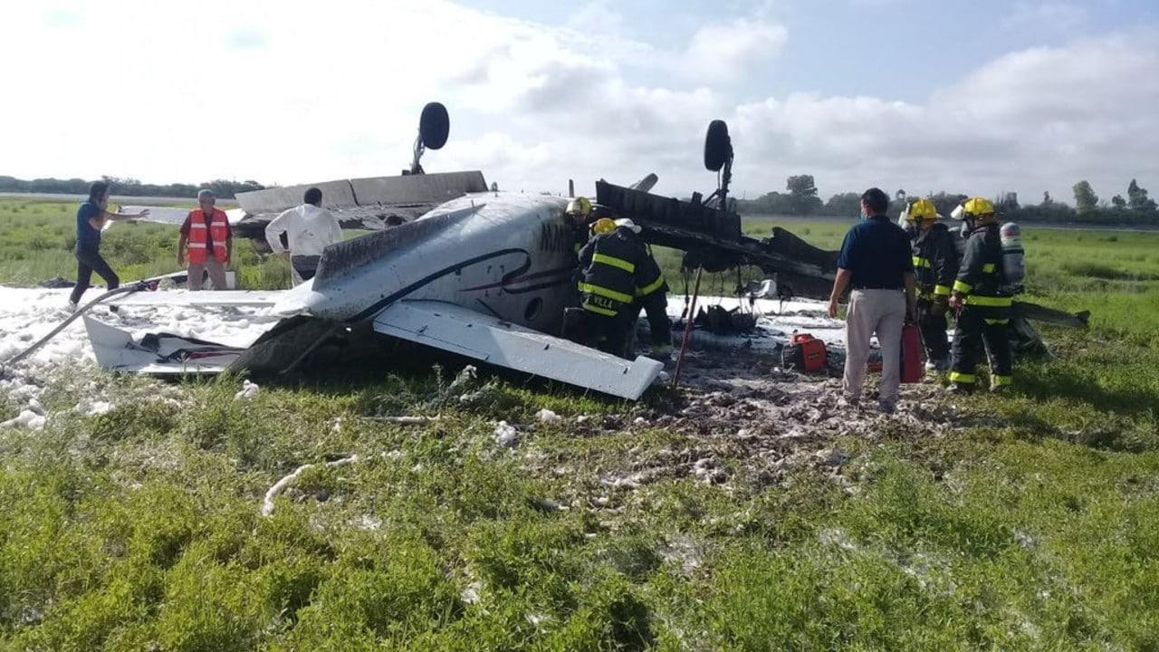 Caída de avioneta deja un muerto y una lesionada en Durango