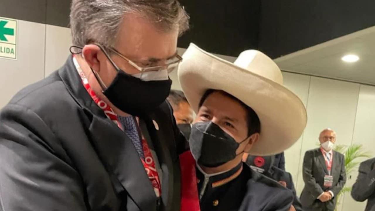 El canciller de México, Marcelo Ebrard, saludó al presidente de Perú, Pedro Castillo (Twitter: @SRE_mx)