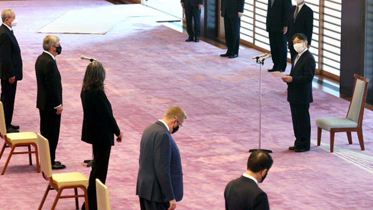 El emperador habla ante ejecutivos del COI