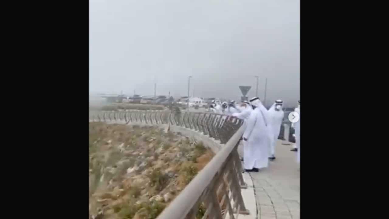 Provocan lluvia artificial en Emiratos Árabes
