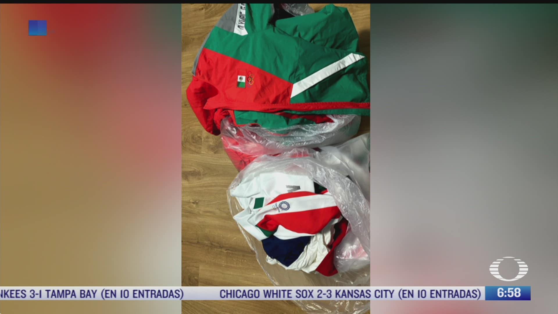 equipo de softbol mexicano tira sus uniformes de tokyo 2020 a la basura