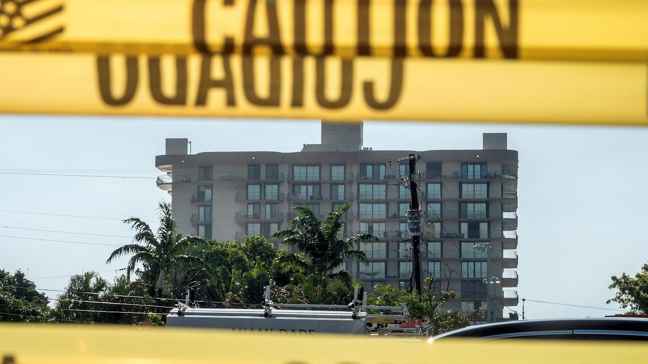 Equipo israelí concluye labores de búsqueda y rescate en edificio colapsado de Miami