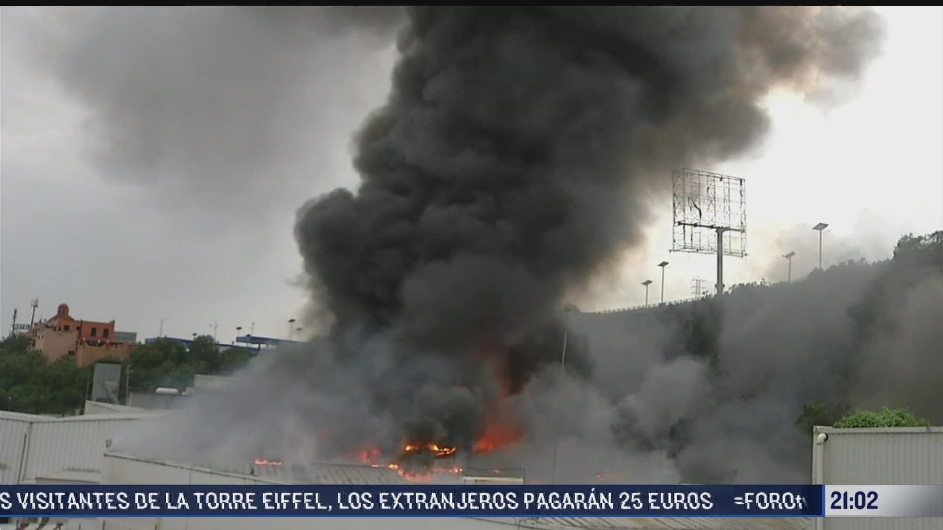 equipos de emergencia unieron esfuerzos para controlar incendio en tlalnepantla