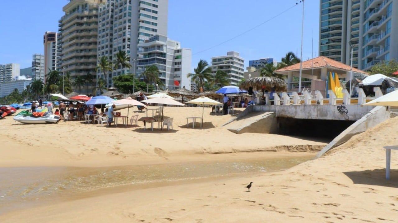 Falta de agua en Acapulco afecta a la zona turística