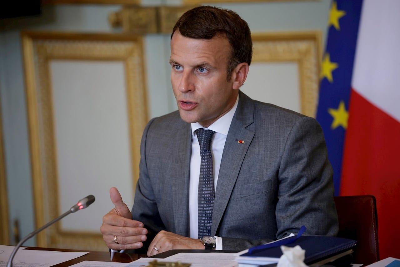 Macron manda mensaje en pro de la vacuna en Francia