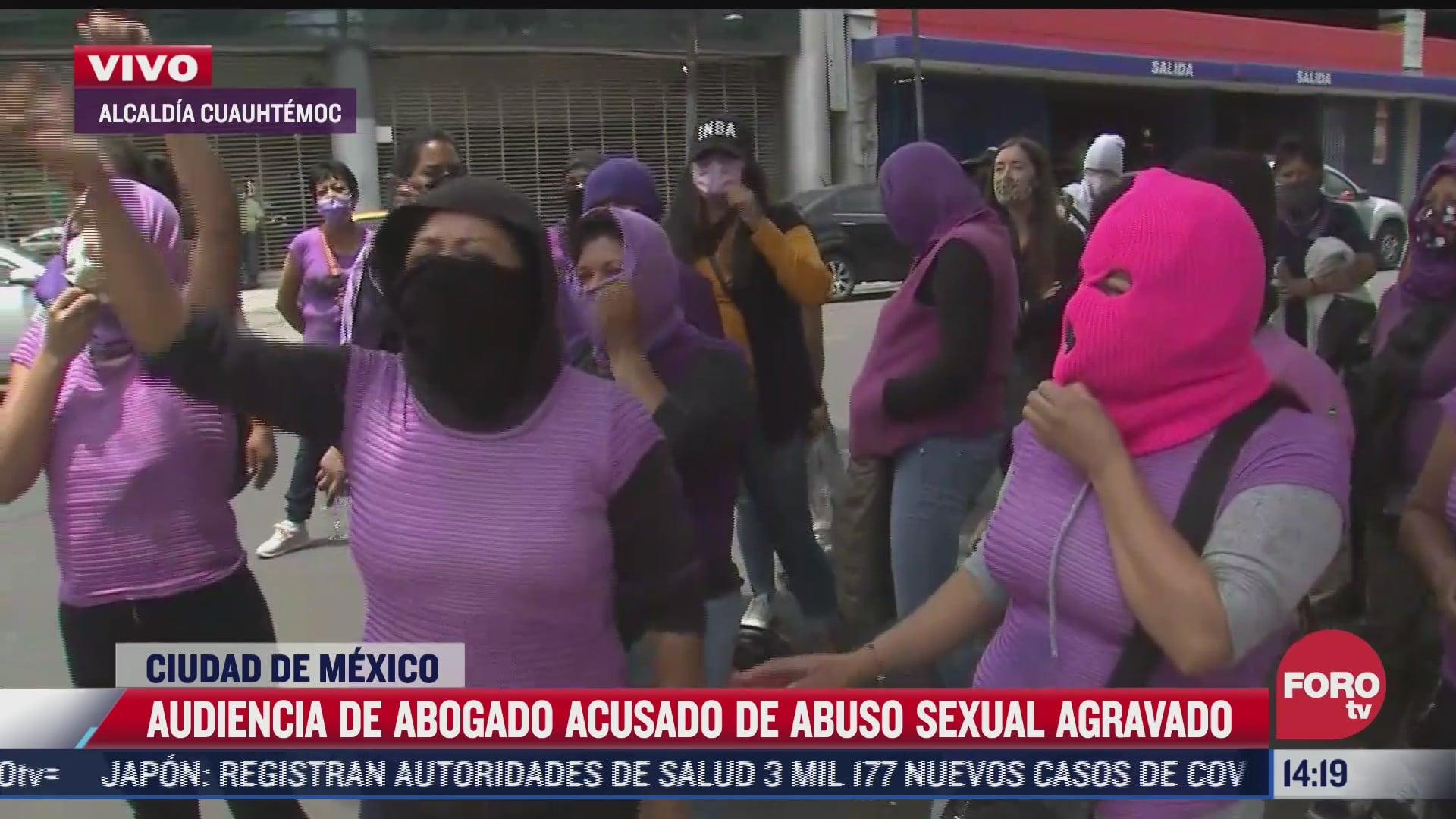 feministas protestan frente a la fgjcdmx por abusos del abogado daniel n
