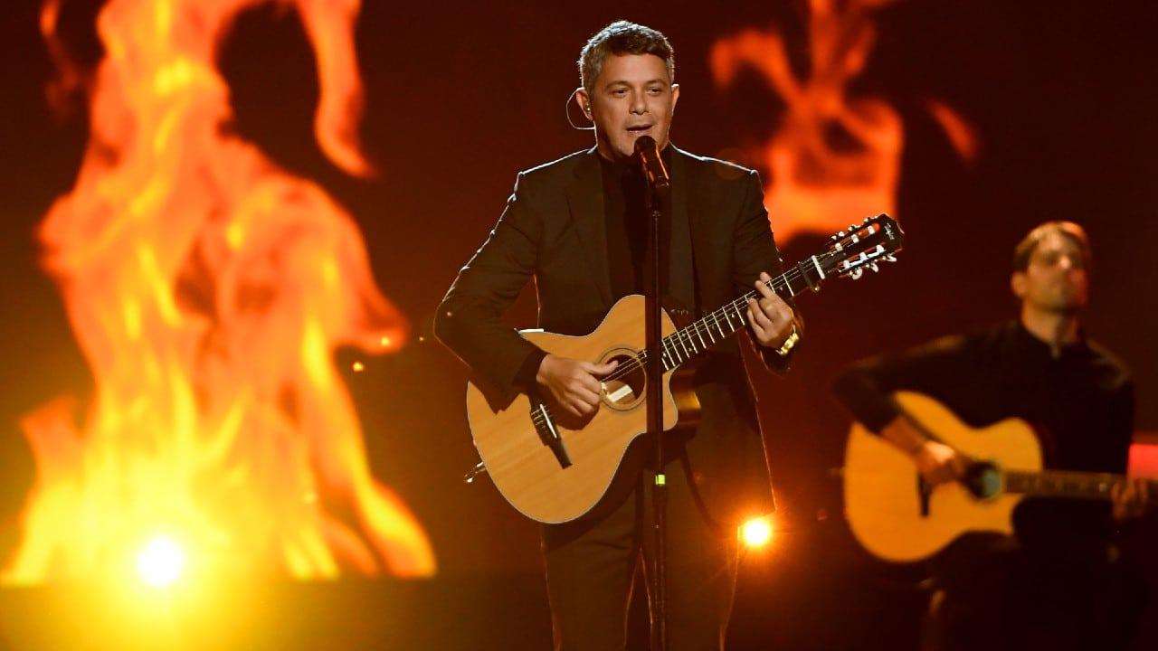 Alejandro Sanz cumple su sueño de cantar en unos Juegos Olímpicos