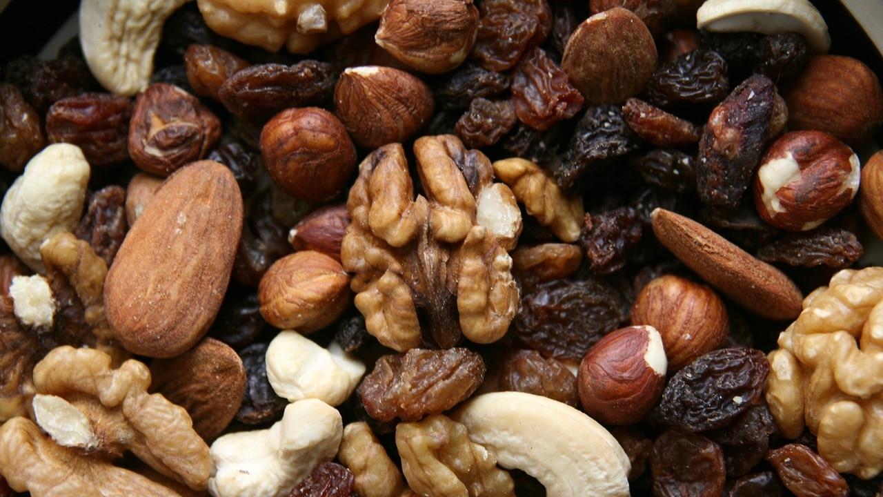 Cuál es la importancia de los frutos secos al perder peso
