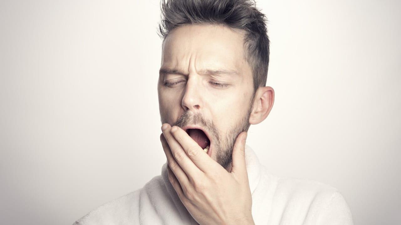Demencia estaría relacionada con la falta de sueño: estudio