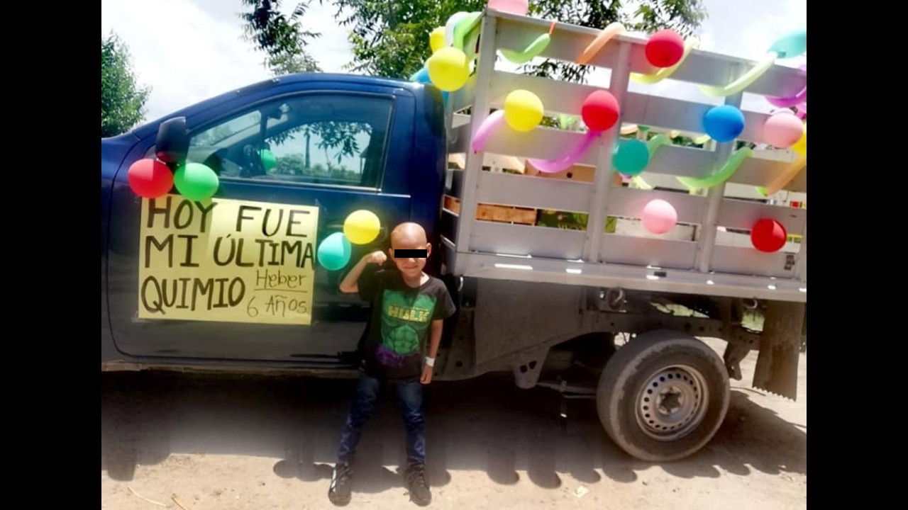Niño de 6 años celebra que venció al cáncer