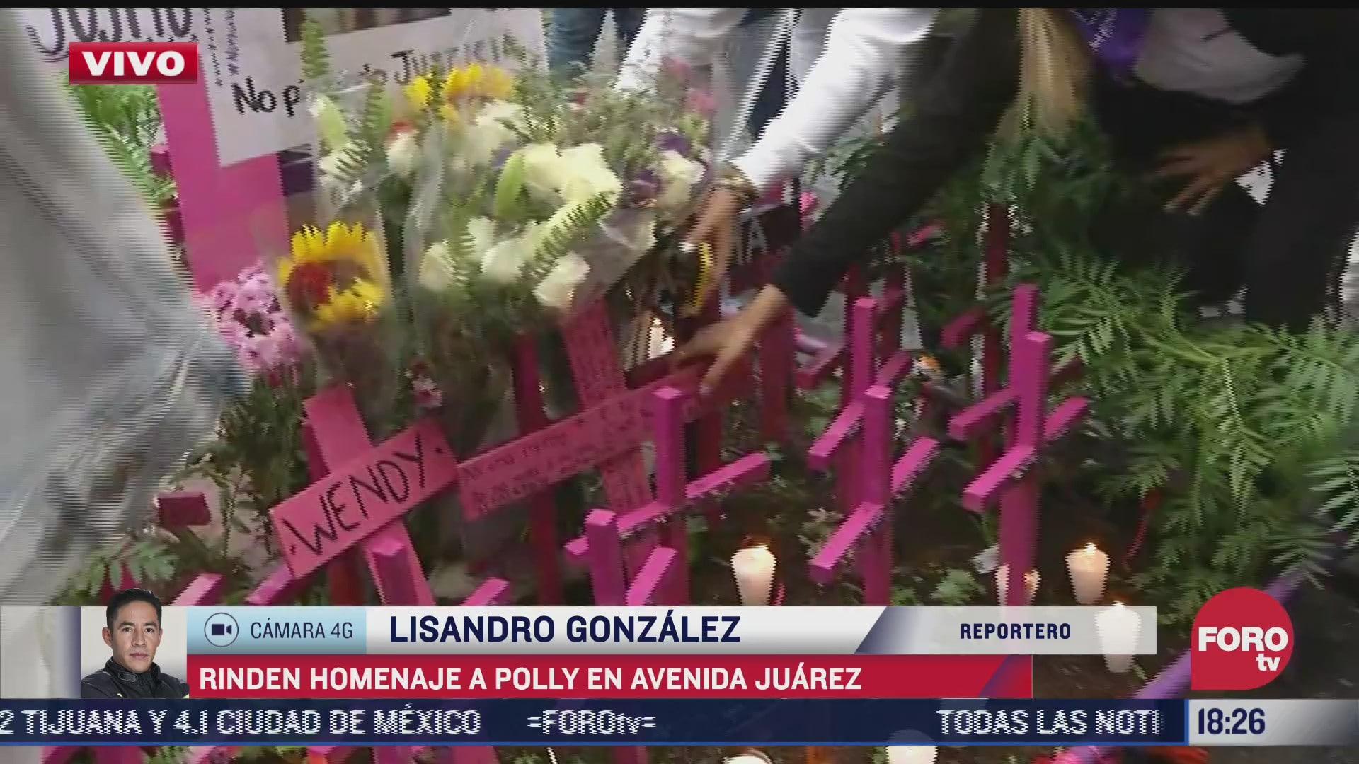 homenaje a polly en avenida juarez