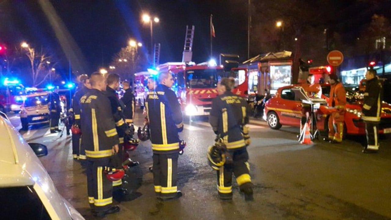 Incendio en edificio de Francia causa tres muertos y varios heridos