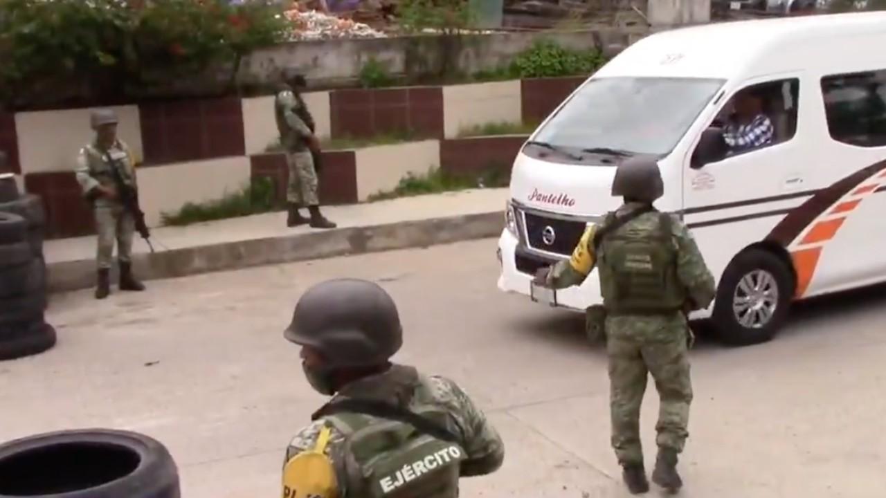 Instalan retenes en Chenalhó, Chiapas, para recuperar armas robadas a la Guardia Nacional