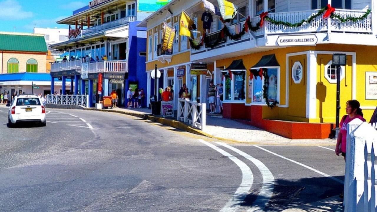 Islas Caimán logra récord de un año sin contagios de COVID