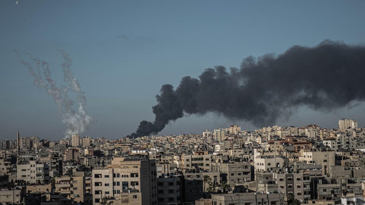 Israel ataca Franja de Gaza tras lanzamiento de globos incendiarios