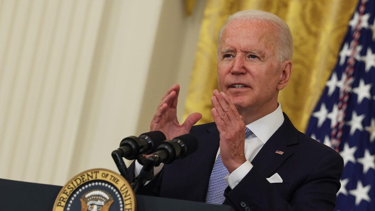 Joe Biden no descarta hacer obligatoria la vacunación contra COVID-19